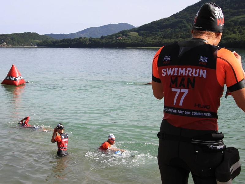 solo ou equipe swimrun